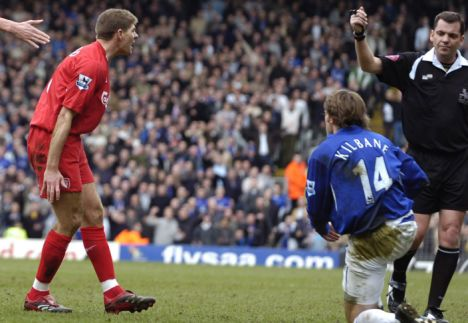 IHN LIVERPOOL V EVERTON 25/03/06. Liverpool's Gerrard is sent off during the game against Everton. Picture by IAN HODGSON