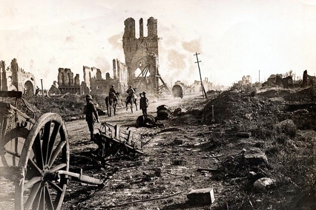 1914-1918, Ypres, Belgium --- Belgium: Destruction In World War I. The Cloth Hall at Ypres again the center of interest. --- Image by © Bettmann/CORBIS