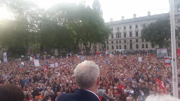 corbyncrowd-